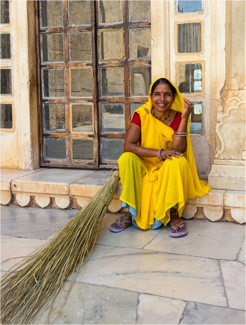 Smiling Sweeper - Jaipur Fort Robert Williams