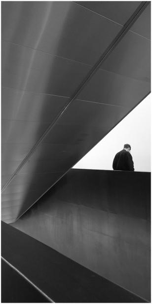 Waiting (Tate Modern) Jose Souto