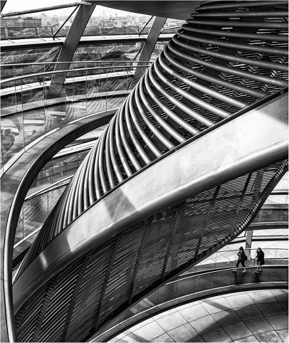 Curves - Reichstag, Berlin Robert Williams
