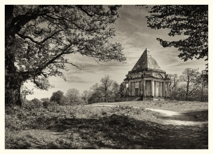Darnley Mauselium by Jeff Royce